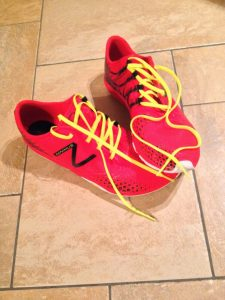 20140426NewBalanceMinimusaufFliese